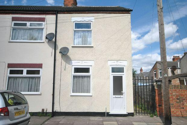 2 Bedrooms End Of Terrace House for rent in Henry Street, Grimsby