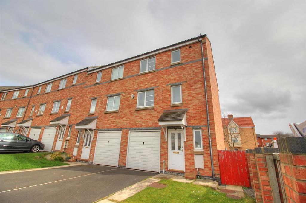 5 Bedrooms Town House for sale in Bridges View, Gateshead