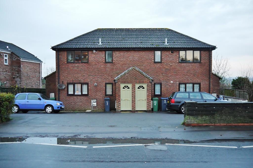 1 Bedroom Ground Maisonette Flat for sale in Purton, Swindon