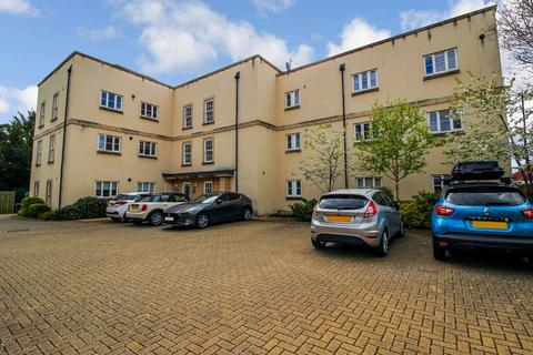 3 bedroom apartment to rent - Reed Court, Wanborough Road, Swindon