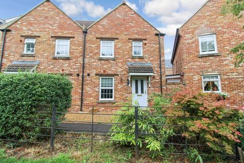 3 bedroom semi-detached house to rent - Charmind Walk, Winterbourne Road, Swindon