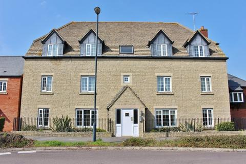 1 bedroom apartment to rent - Mir Crescent, Oakhurst, Swindon