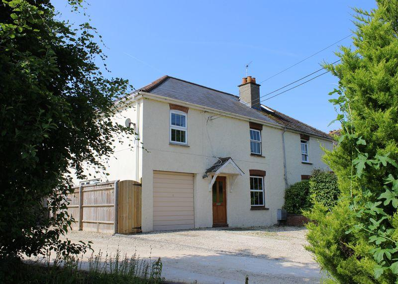 4 Bedrooms Semi Detached House for sale in Cherry Orchard, West Hanney