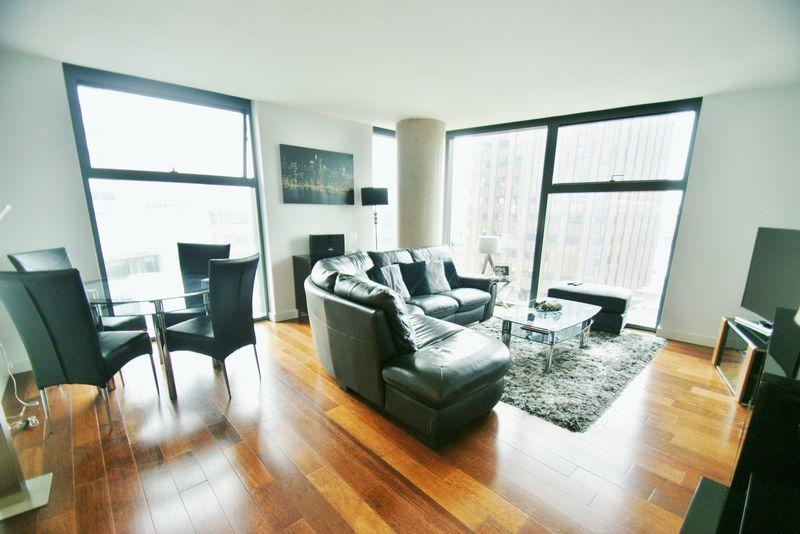 2 Bedrooms Apartment Flat for sale in West Tower, Liverpool