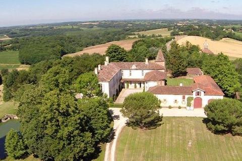 6 bedroom cottage  - Vic Fezensac, Gers, Midi Pyrenees