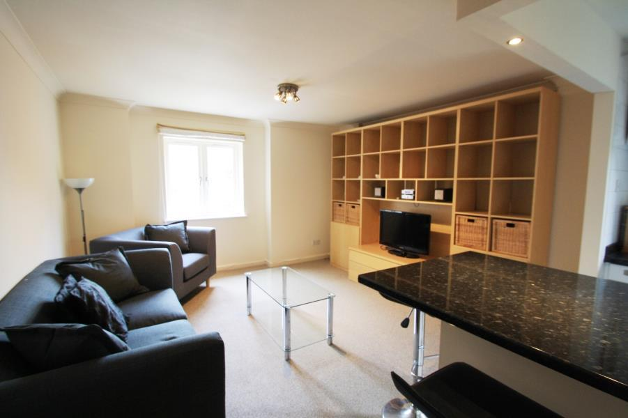 2 Bedrooms Apartment Flat for sale in LANGTONS WHARF, THE CALLS, LEEDS, LS2 7EF