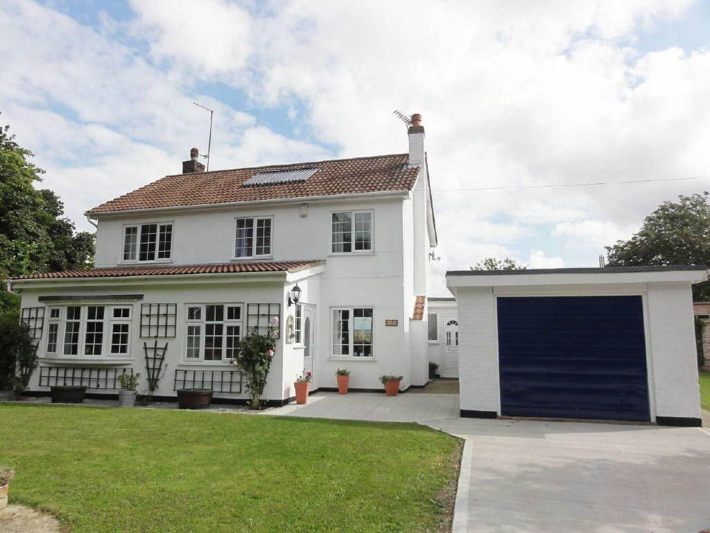 4 Bedrooms Detached House for sale in Shore Road, Garthorpe, North Lincs