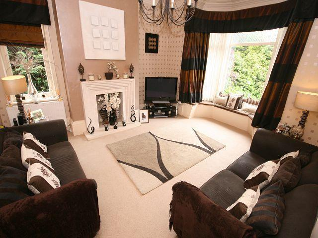3 Bedrooms Apartment Flat for sale in Pearson Street, Calverley