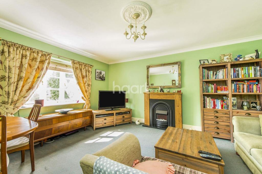 3 Bedrooms Flat for sale in Haines Hill, Taunton