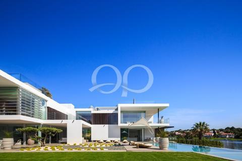8 bedroom villa  - Quinta do Lago, Algarve, Portugal