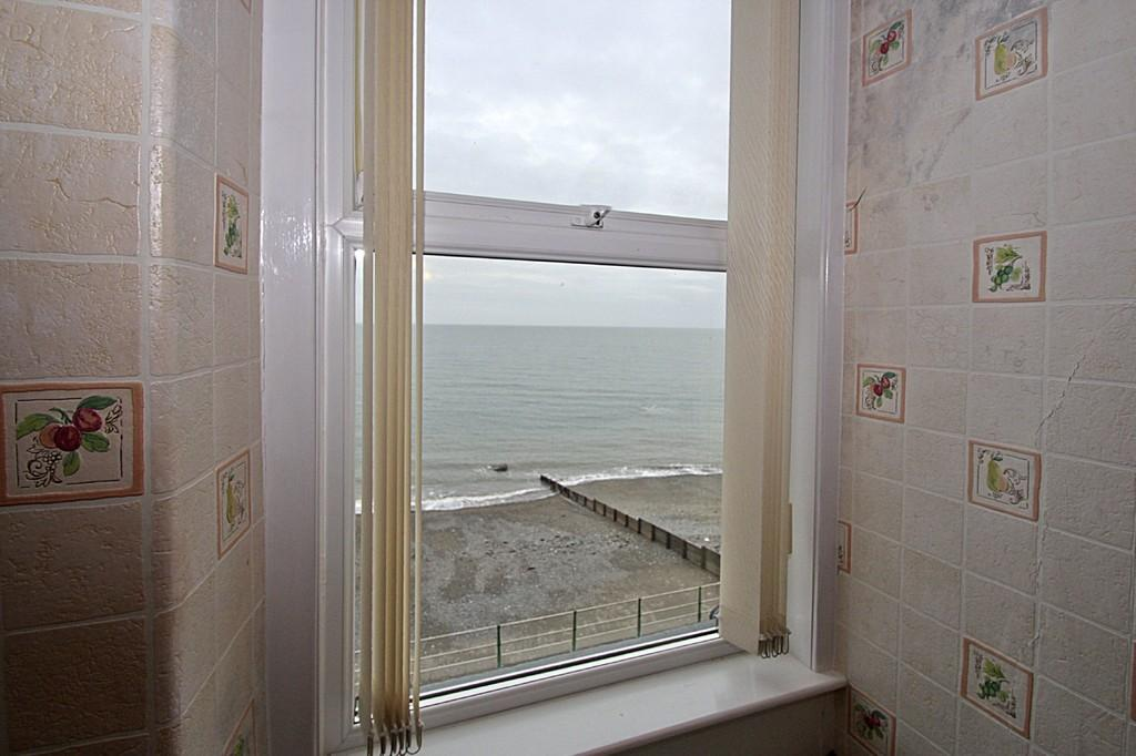 8 Bedrooms Terraced House for sale in Marine Terrace, Criccieth, North Wales