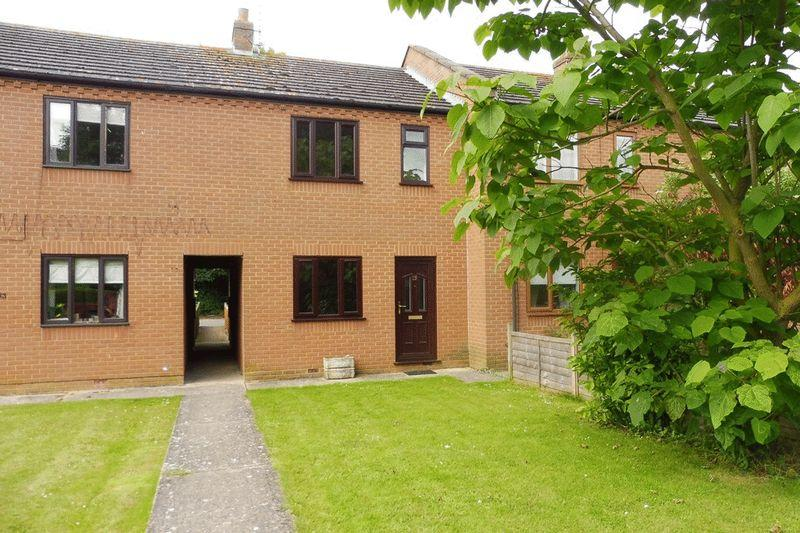 2 Bedrooms Terraced House for rent in Joys Bank, Holbeach St Johns