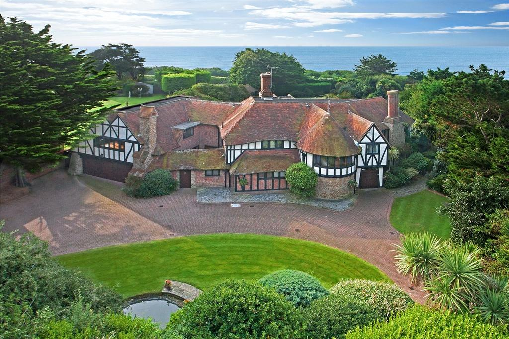 5 Bedrooms Unique Property for sale in Tamarisk Way, East Preston, Littlehampton, West Sussex, BN16
