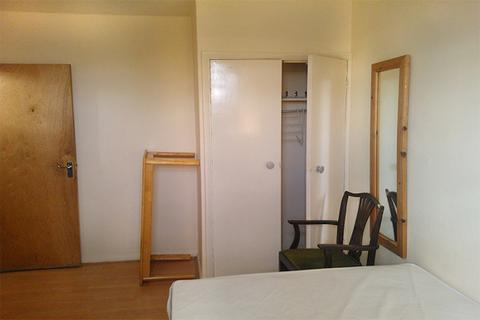 1 bedroom flat share to rent - Shirley House Drive, CHARLTON, London SE7