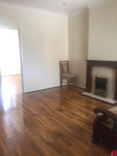 3 bedroom flat to rent - Bennett Road, Charminster
