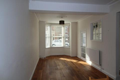 3 bedroom terraced house to rent - Bristol Road, Southsea