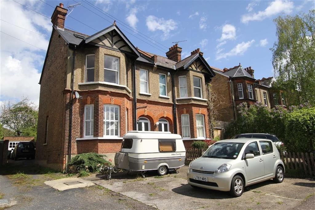 5 Bedrooms Semi Detached House for sale in Park Road, New Barnet, Herts, EN4