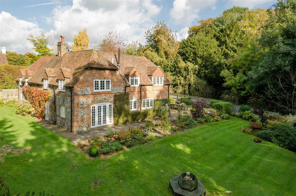 4 Bedrooms Detached House for sale in Maidensgrove, Henley-On-Thames