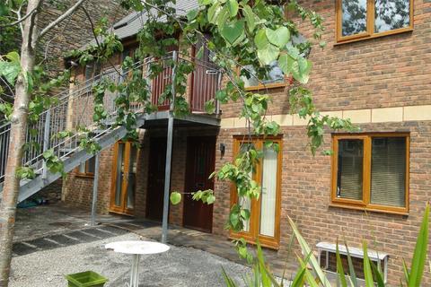 2 bedroom flat to rent - 5 Crwys Mews, Crwys Road, Cathays, Cardiff, South Glamorgan