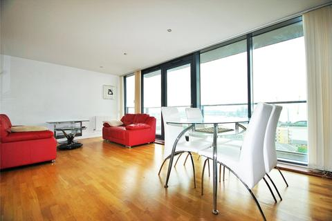 2 bedroom flat to rent - Proton Tower, 8 Blackwall Way, London