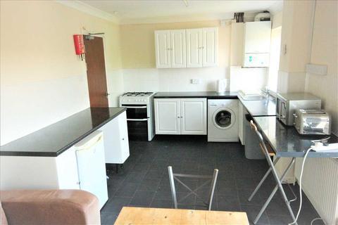 4 bedroom property to rent - Dartmouth Crescent, Brighton