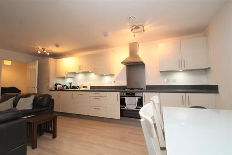 2 bedroom apartment to rent - Wharf Road, Chelmsford