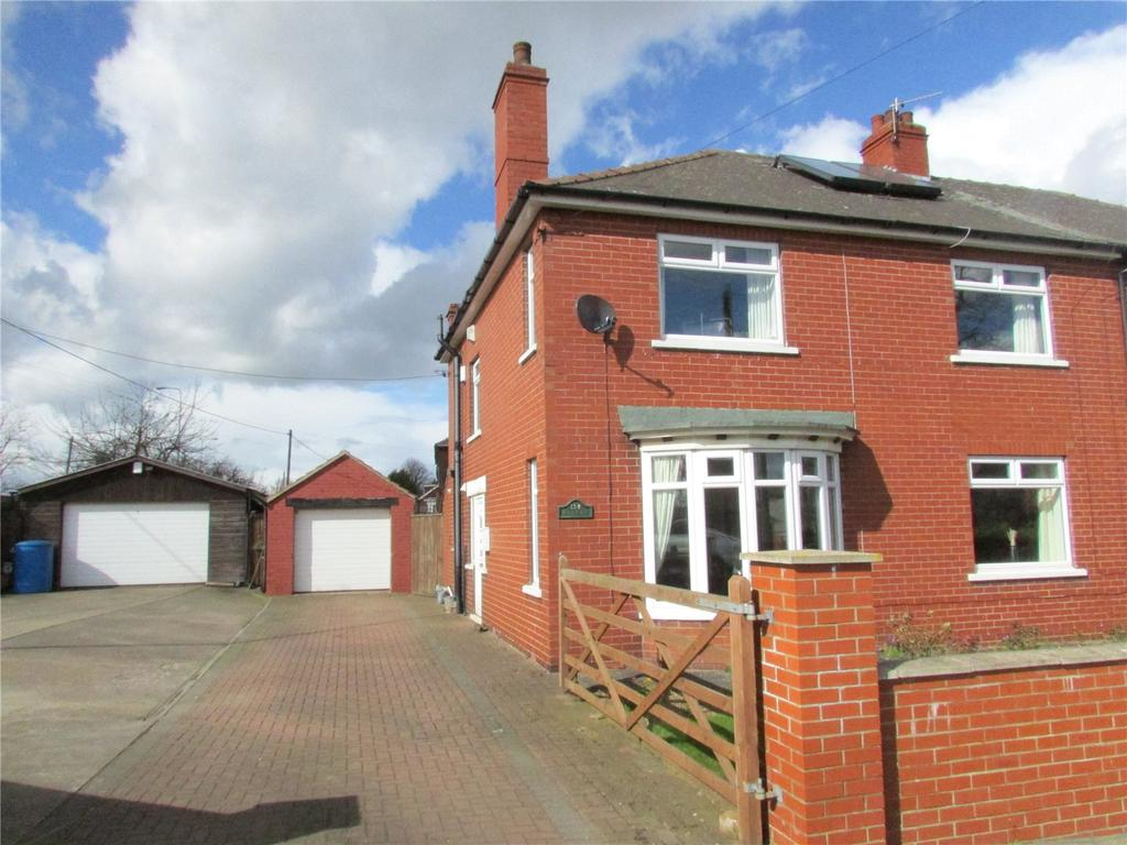 3 Bedrooms Semi Detached House for sale in Earlsgate, Winterton, North Lincolnshire, DN15