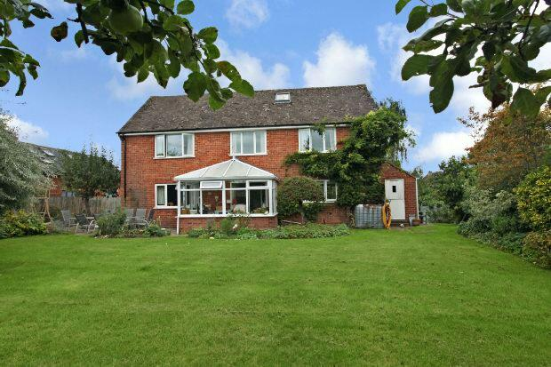 4 Bedrooms Detached House for sale in Broad Street, Long Compton