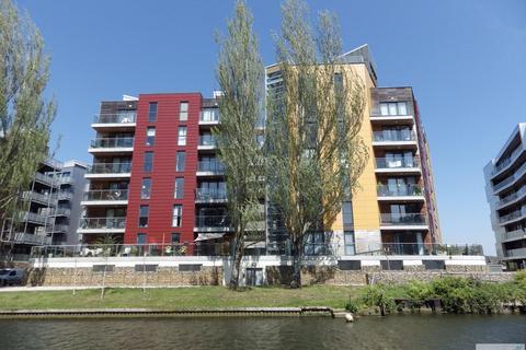 2 bedroom apartment to rent - Riverside