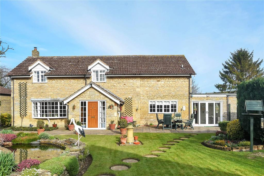 3 Bedrooms Detached House for sale in Manor Road, Stretton, Oakham, Rutland