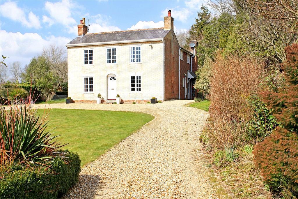 4 Bedrooms Detached House for sale in West Morden, Wareham, Dorset