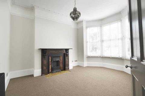 4 bedroom maisonette to rent - Bath Street, Brighton