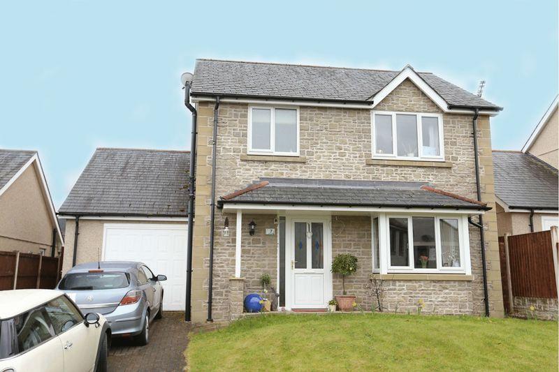3 Bedrooms Detached House for sale in Y Felin Goed, Corwen