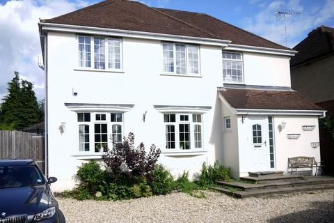 5 bedroom detached house to rent - Romsey Road, Maybush, Southampton