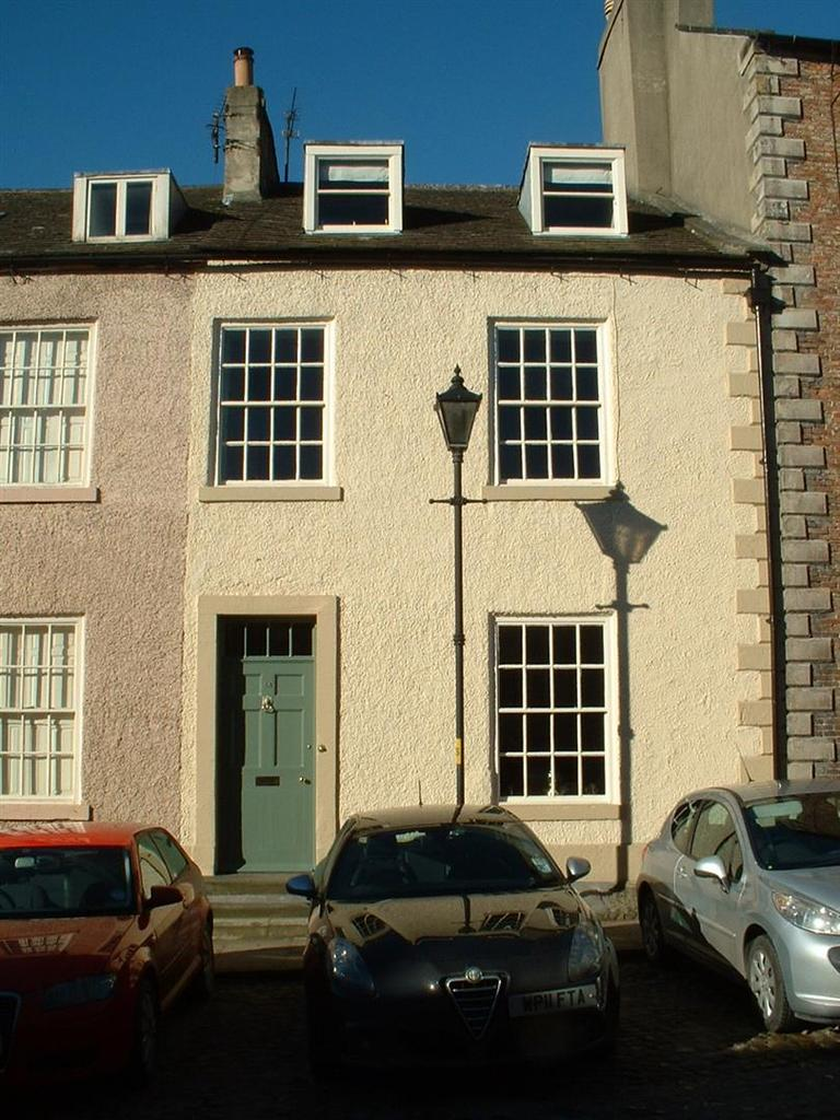 3 Bedrooms Terraced House for sale in Frenchgate, Richmond