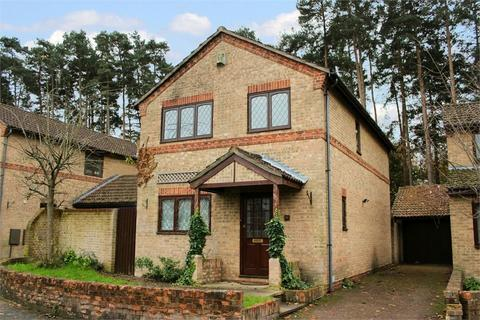 4 bedroom detached house to rent - Chesterblade Lane, Forest Park, Bracknell, Berkshire