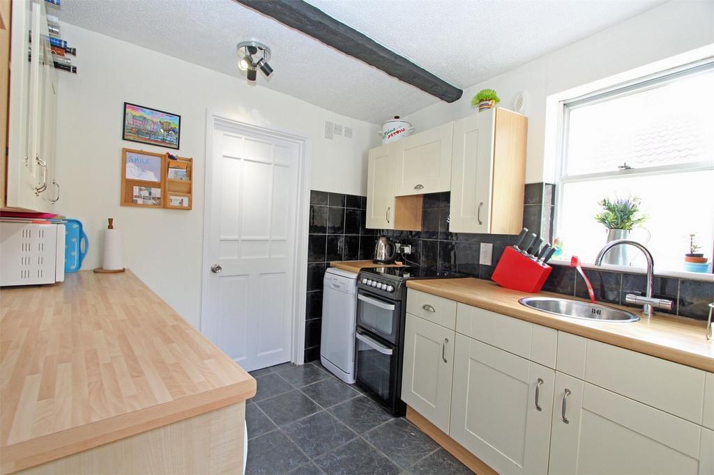 1 Bedroom Flat for sale in Flat 1 L'Abri Du Mont, Mount Durand, St Peter Port