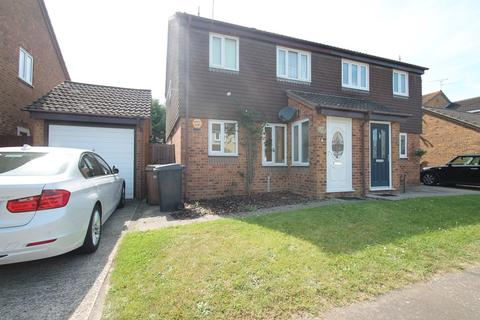 3 bedroom semi-detached house to rent - Rubens Gate, Chelmsford