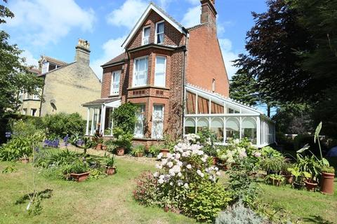 6 bedroom detached house for sale - Church Road, Kessingland, Lowestoft