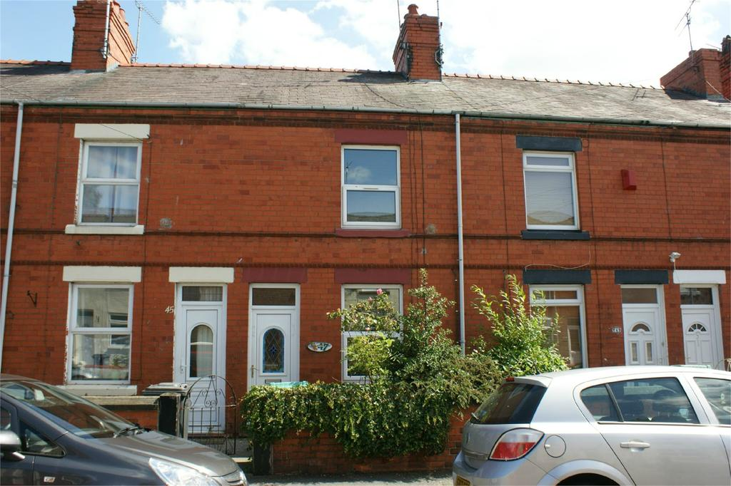 2 Bedrooms Terraced House for sale in Vernon Street, Wrexham, LL11
