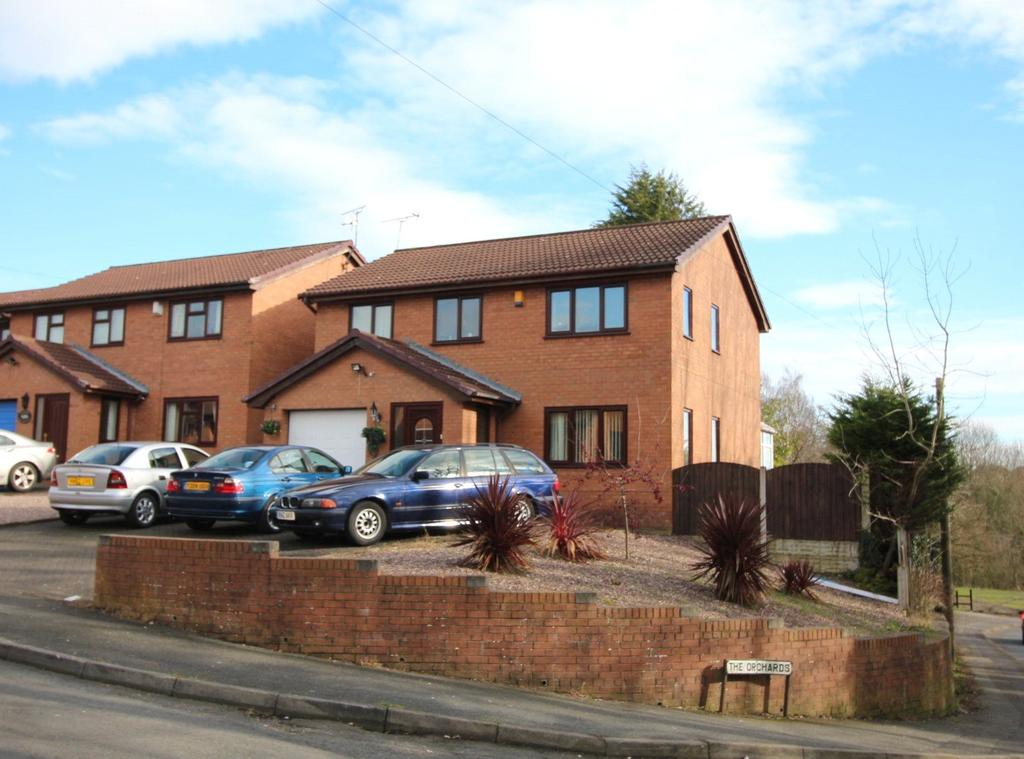 4 Bedrooms Detached House for sale in The Orchards, Kingsmills, Wrexham, LL13
