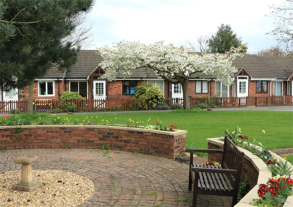 1 Bedroom Retirement Property for sale in Trewythen Park, Vicarage Lane, Gresford, Wrexham, LL12