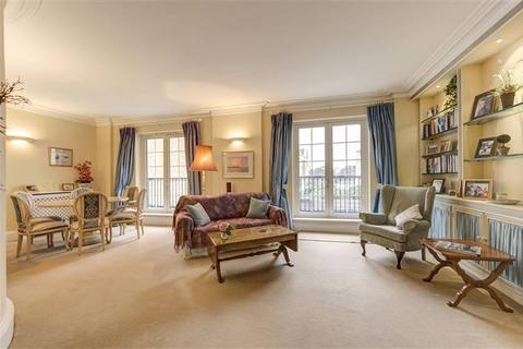2 bedroom apartment for sale - Carlyle Court, Chelsea Harbour, London SW10