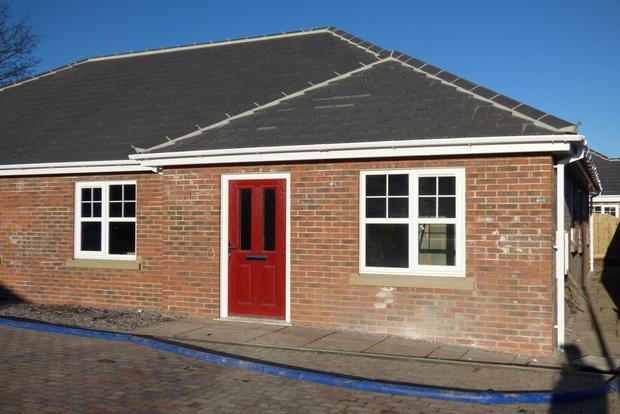 3 Bedrooms Bungalow for sale in Taylor's Garden, Louth, LN11