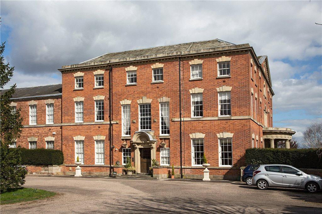 2 Bedrooms Apartment Flat for sale in The Avenue, Waresley, Kidderminster, DY11
