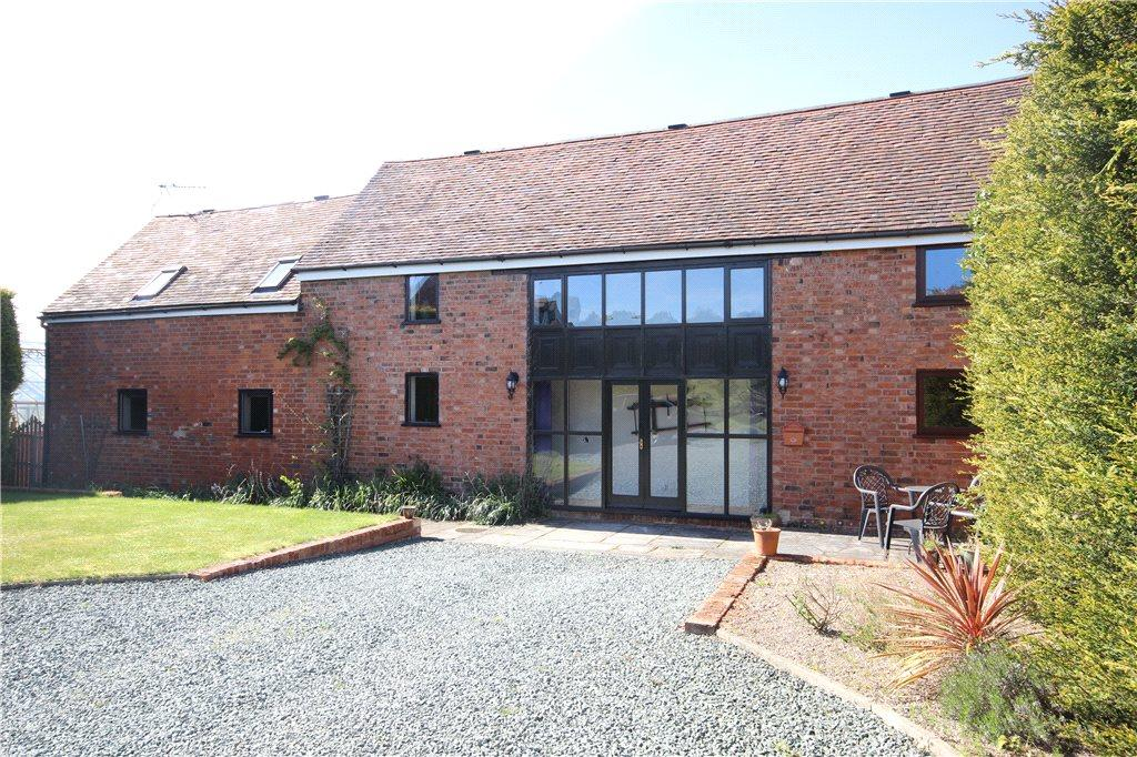 4 Bedrooms Barn Conversion Character Property for sale in Worcester Road, Pinvin, Pershore, Worcestershire, WR10