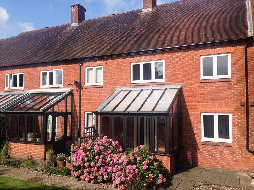 2 Bedrooms Cottage House for sale in Berehurst, Alton