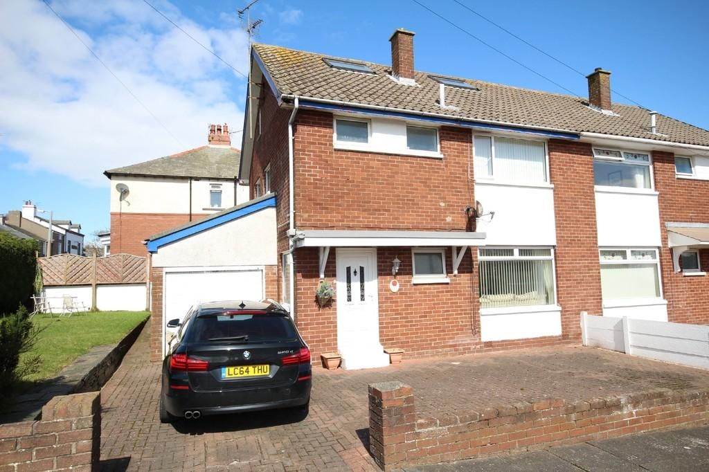 4 Bedrooms Semi Detached House for sale in 1 Bideford Gardens, Barrow In Furness