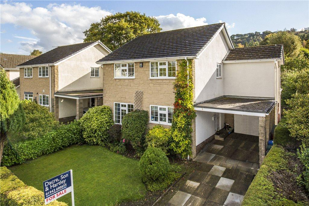4 Bedrooms Detached House for sale in Briery Close, Ilkley, West Yorkshire