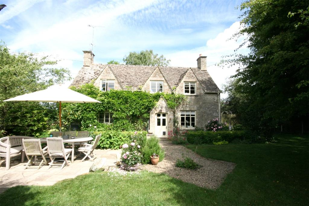 4 Bedrooms Detached House for sale in Driffield, Cirencester, Gloucestershire